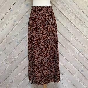American Eagle Leopard Print Skirt